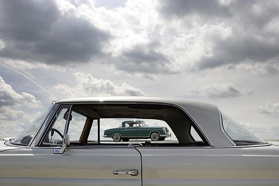 Der Mercedes-Benz 220 SE (W 111/112) von 1961 war das weltweit erste Coupé mit Sicherheitskarosserie nach dem Patent von Béla Barényi. (Foto: Daimler)