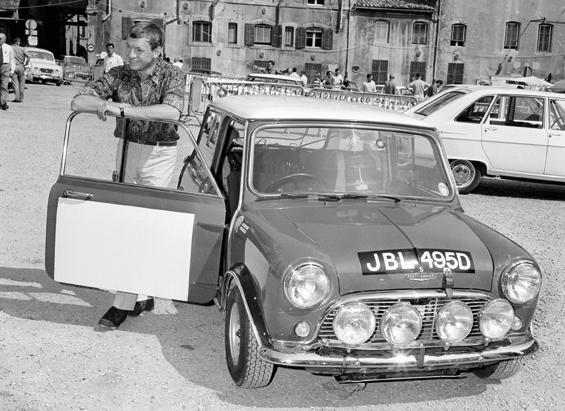 Rauno Aaltonen und Henry Liddon im Mini Cooper bei der Alpen Rallye 1966 (Foto: BMW Group)