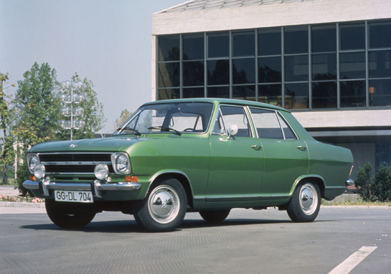 Opel Kadett B in der Stufenheck Version (Foto: Opel)