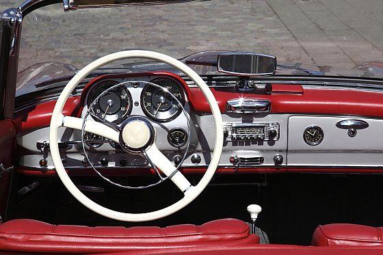 Gute Anlage, schlecht versichert - Wertsteigerungen bei klassischen Automobilen können zu gefährlicher Unterdeckung bei der Kfz-Versicherung führen (Foto: Hiscox/Dino Ablakovic - Thinkstock)